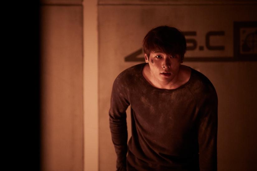 Ini Daniel Choi yang berperan sebagai Ji-Wan. Tapi di sini dia lagi nggak cool. (Dok. Jive Entertainment)