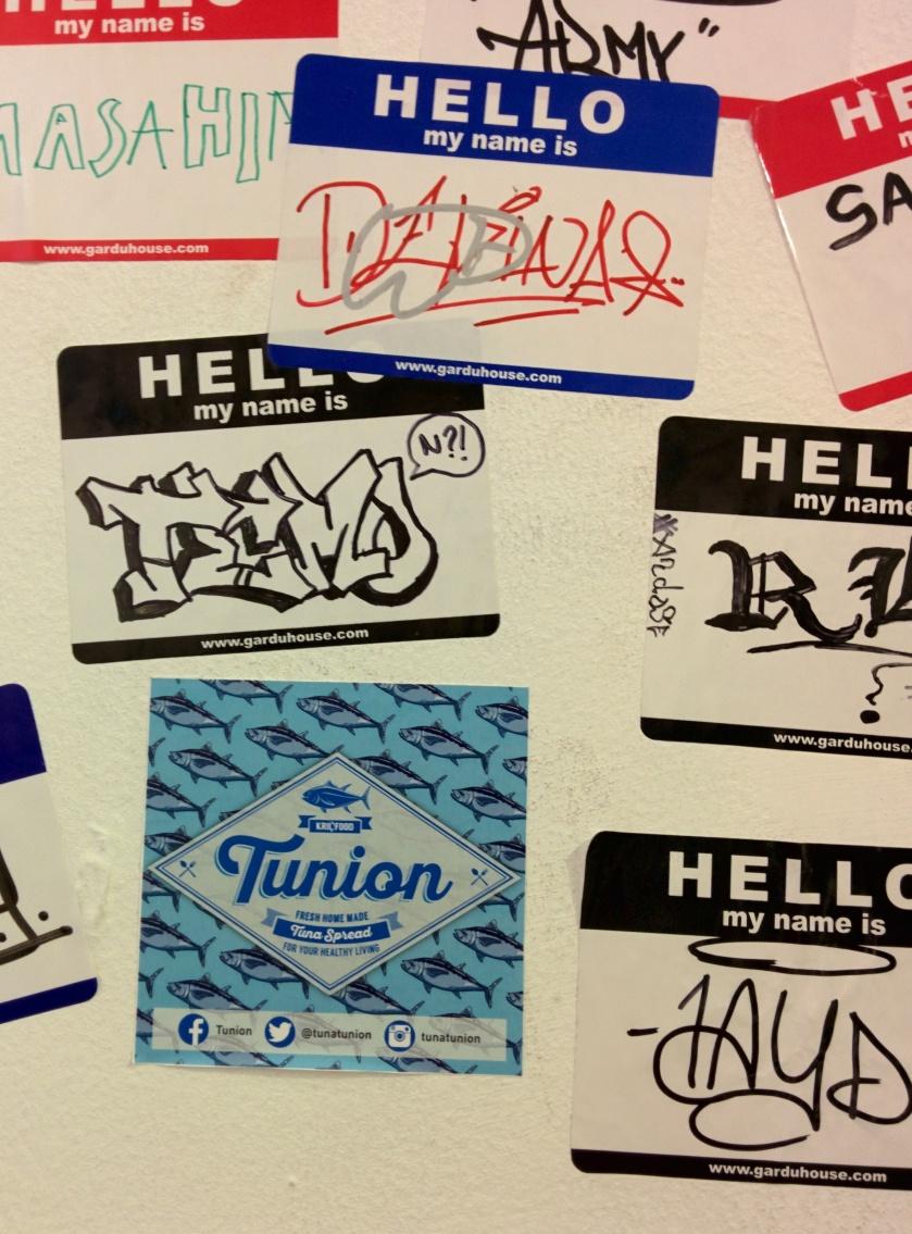 Tidak lupa kami tempelkan juga stiker Tunion. Yolah...yolaah dipesan Tunionnya kakaak... Cek Instagram @tunatunion